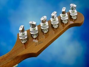 Gibson Firebird VII – tuners