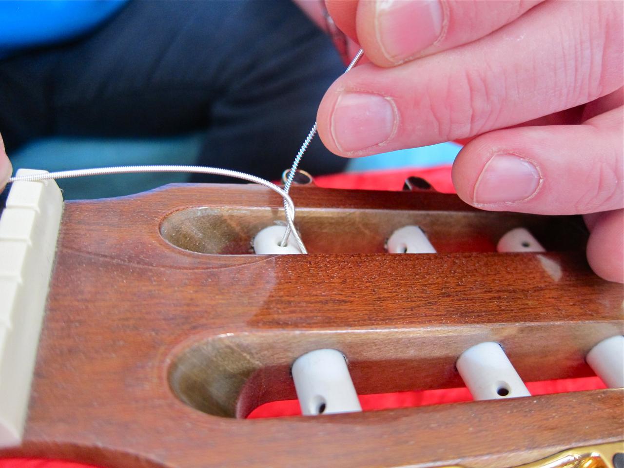 gitarrensaiten wechseln wie oft