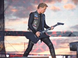 James Hetfield with Snakebyte