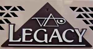 Carvin Legacy 3 – logo badge