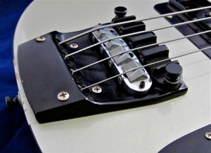 Rickenbacker 4003 – bridge