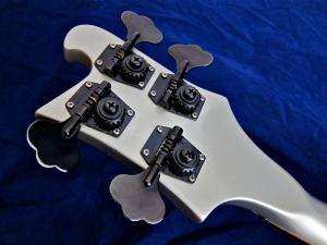 Rickenbacker 4003 – tuners