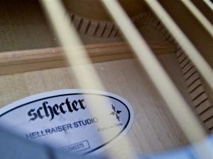 Schecter Hellraiser Studio Acoustic – kerfed linings