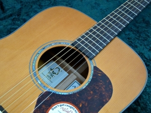 Walden CD4040-CERT – soundhole
