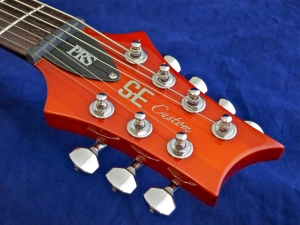 PRS SE Custom 24-7 – headstock