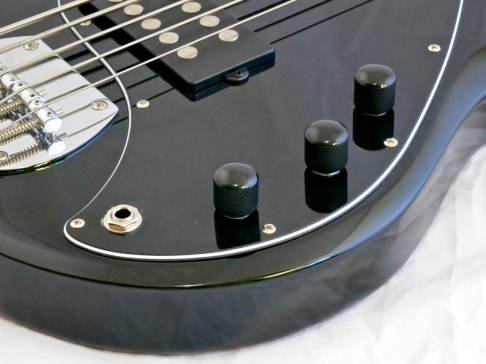 Sterling SUB Ray5 – controls