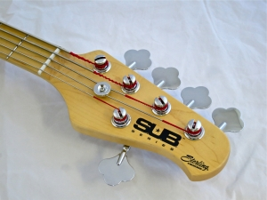 Sterling SUB Ray5 – headstock