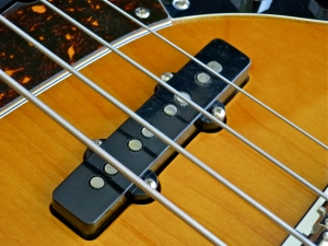 Tokai TJB-55 – bridge pickup