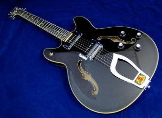 Hagström Viking P – beauty shot 2