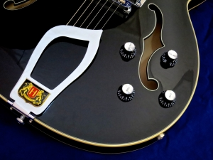 Hagström Viking P – controls