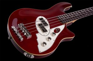 D_Bass_4_red_DT