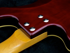 Duesenberg D-Bass – neck joint