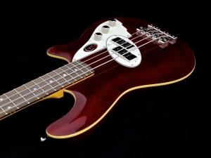 Duesenberg D-Bass – reverse angle