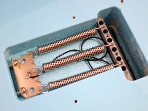 Vox Mark III – vibrato springs