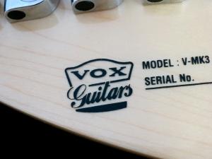 Vox Mark III – Vox crest
