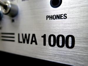 Warwick LWA 1000 – logo