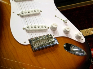 Authentic control knobs and pickup covers on Fender's 60th Anniversary 1956 Stratocaster model