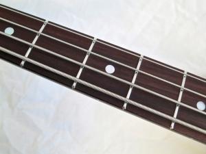 Amfisound Raudus Bass – fretboard