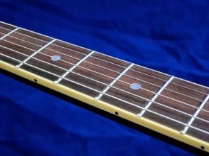 Tokai ES-145G – fingerboard