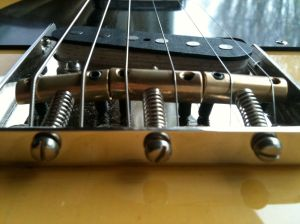 close-up Fender bridge