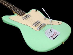 J Leachim Jazzcaster – body beauty 2