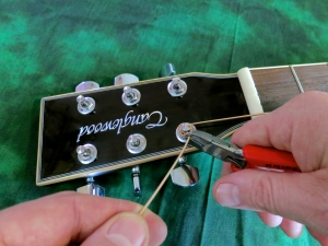 String change steel string – cut off end