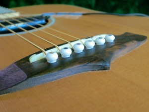 String change steel string – pin height