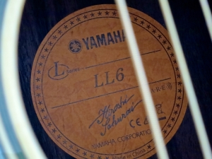 Yamaha LL6 ARE – label