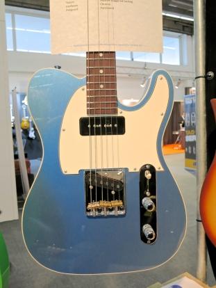 MM 2015 – GJ2 Guitars Hellhound