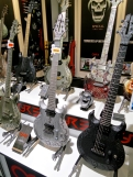 MM 2015 – Ogre all-magnesium guitars
