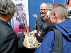 Fuzz 2015 – Peter Naglitsch Luthier