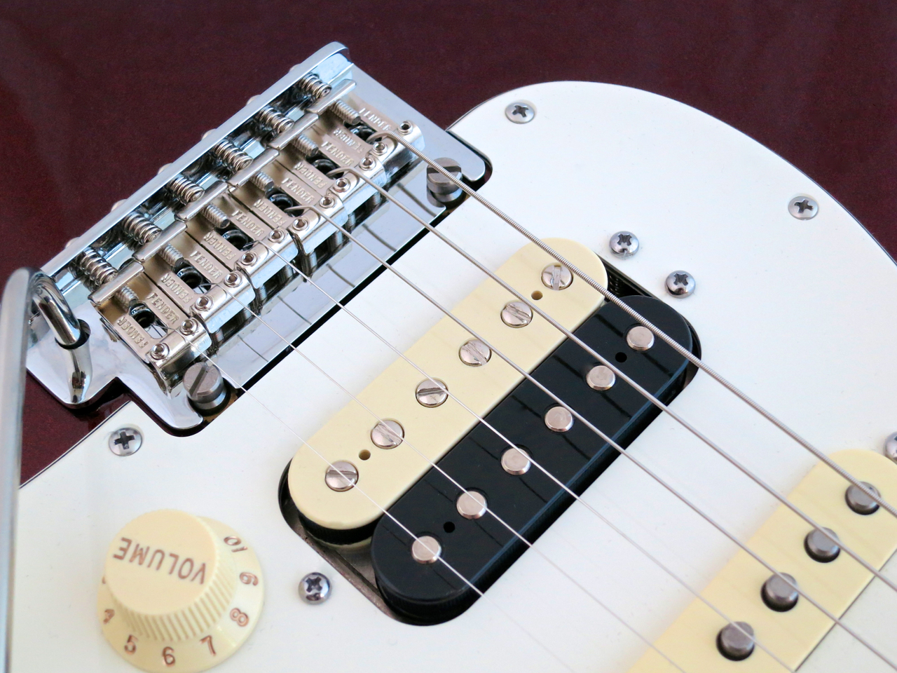 Tone Control Will Affect The Bridge Pickup As Well As The Middle