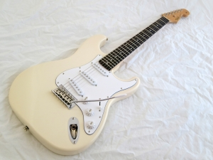 Tokai Classic ST – beauty shot 1