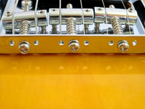 Tokai Classic TE – additional bridge holes