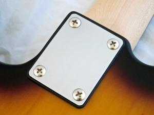 Tokai Classic TE – neck plate
