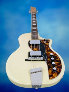 Rautia Guitars Dual Tone Style – flying guitar