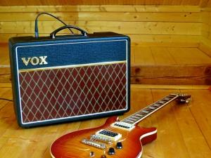 Vox AC10C1 – with guitar 1