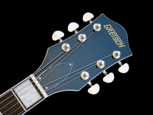 Gretsch Streamliner G2420T – headstock