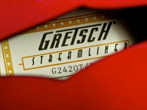 Gretsch Streamliner G2420T – label
