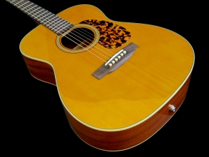 Tanglewood TW40O-AN-E – body beauty 2