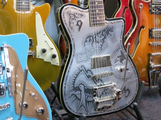 Fuzz 2016 – Duesenberg Guitars
