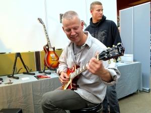 Fuzz 2016 – Tokai Guitars Nordic 2
