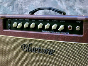 bluetone-shadows-reverb-front-panel