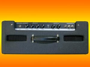 fender-bassbreaker-18_30-top