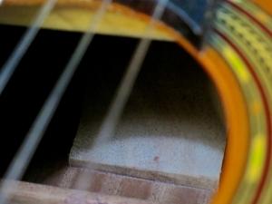 classical-guitars-spanish-heel