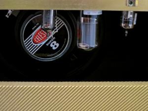 juketone-true-blood-valves-and-speaker