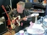 Björn Juhl with a Vuorensaku guitar