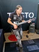 Samuli Federley at Taisto Guitars (FIN)