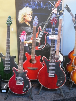 Brian May Guitars – Fuzz 2019