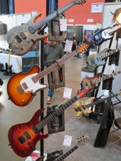 Mayones Guitars – Fuzz 2019
